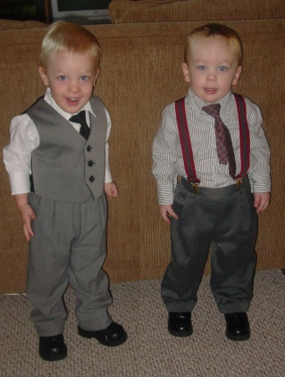 twins-new-tie-outfits.jpg
