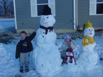 snow-family.jpg